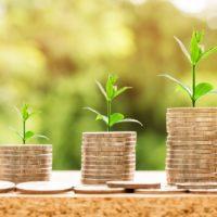 Czy warto trzymać pieniądze na lokacie? Plusy i minusy